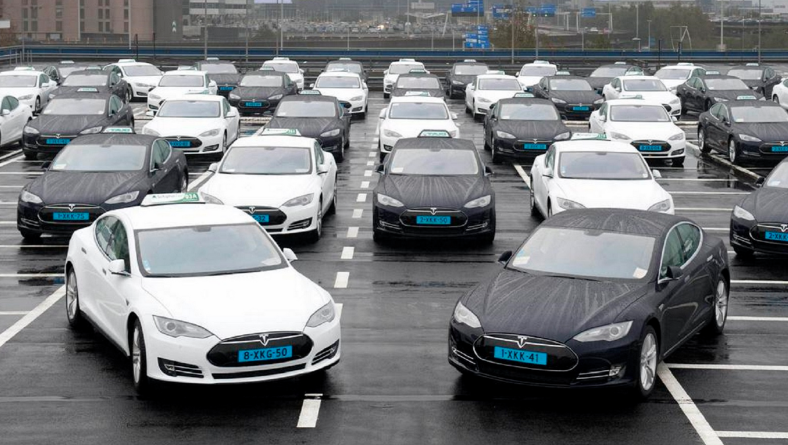 Another Tesla Motors Win — Breakthrough Taxi Shuttle Fleet in Amsterdam
